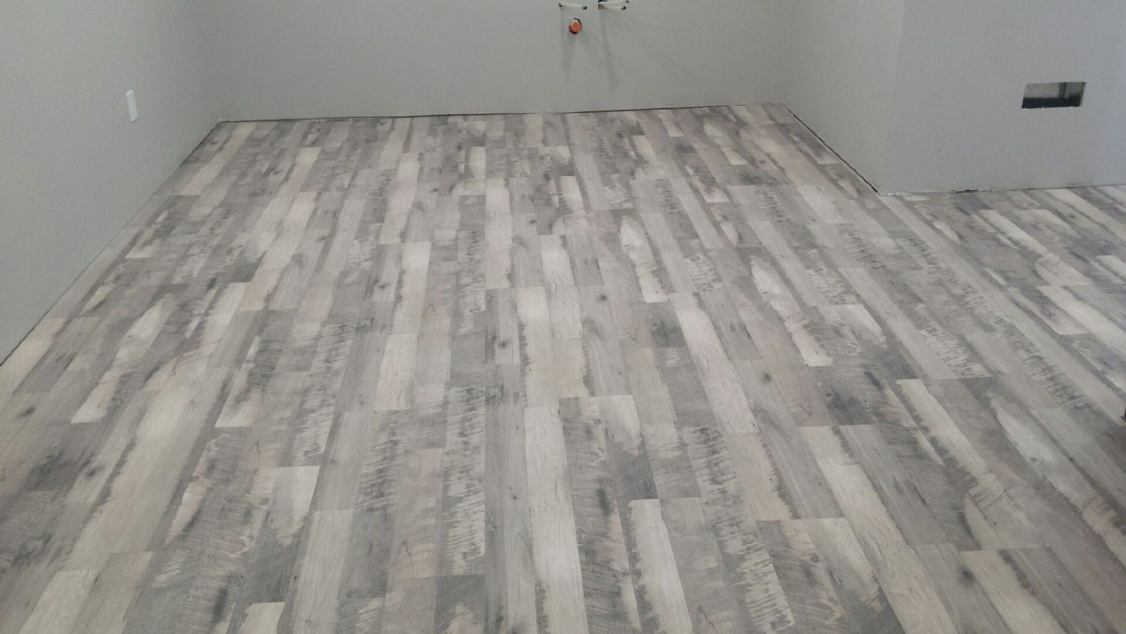 flooring fmt room laminate ease collections jpeg special floor of shaw features repel installation resistant inspiration locnplace innovation water floors